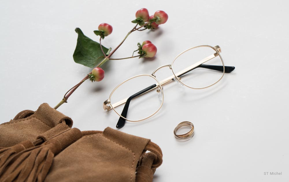 glasses - ring- does wearing glasses make your eyes worse