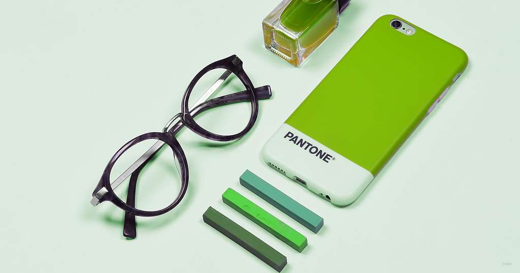 How to Choose Eyeglasses Color
